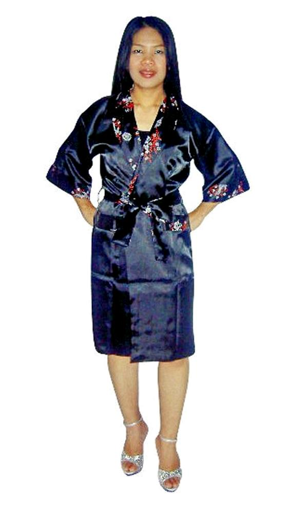 Voted FAVORITE SPA ROBE MANUFACTURER 3 YEARS in a row by American Spa Magazine, our bathrobe fabric selection includes terry, velour, waffle,chamois and microfiber. We offer the largest variety of styles including kimonos, shawl collar, hooded and kids.